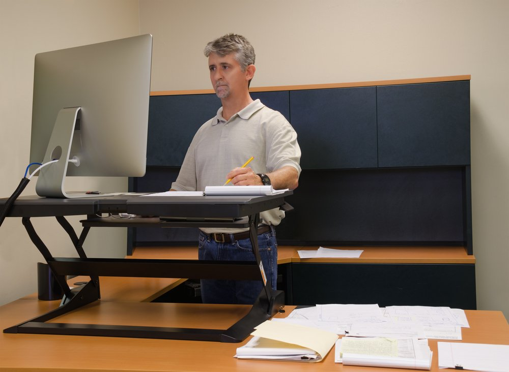 How A Standing Desk Can Save You From Spider Veins